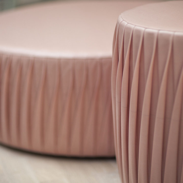 https://www.formdesigncenter.com/uploads/2018/02/pink-one_puff-1000x1000.jpg